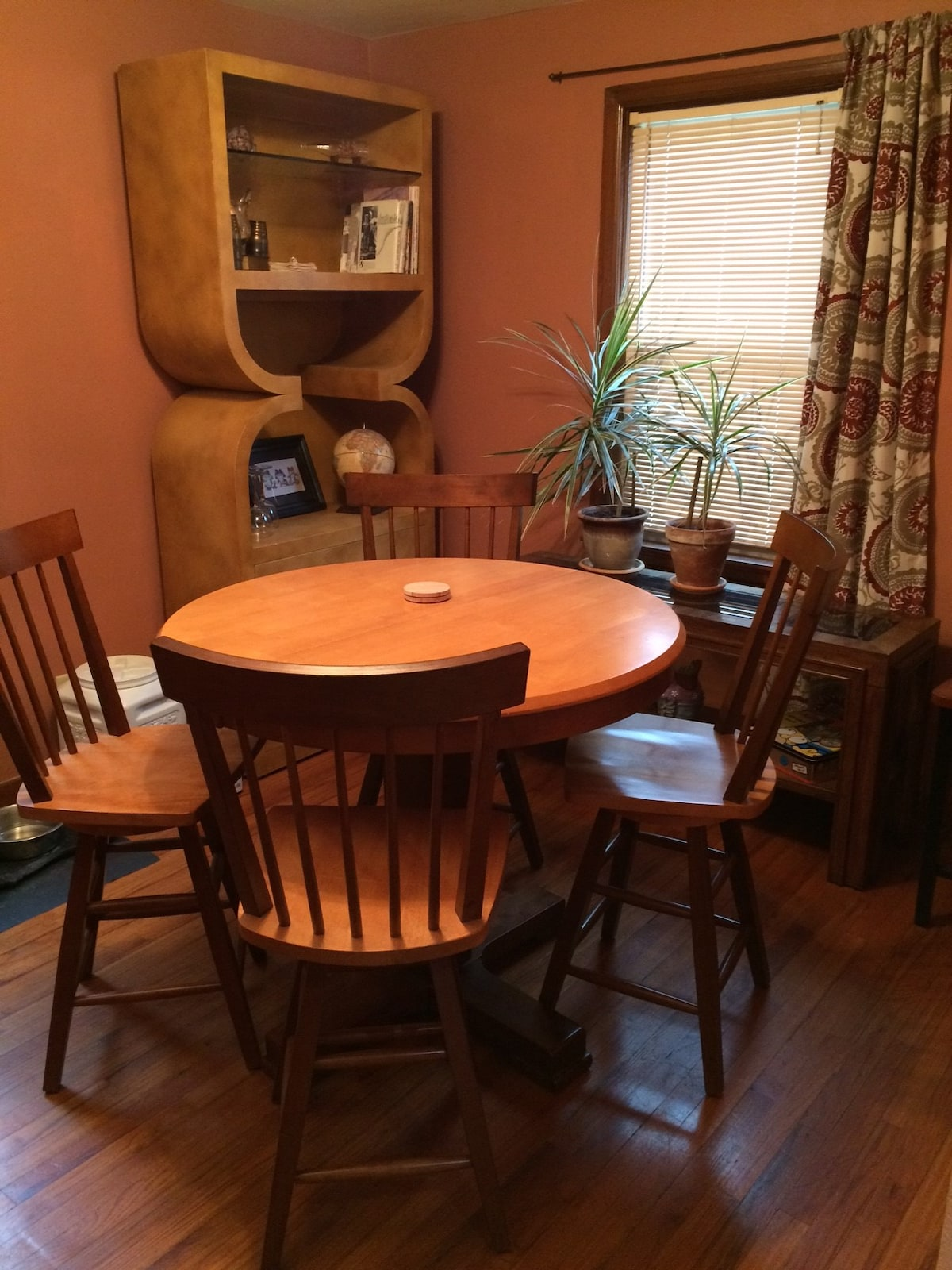 Help yourself to breakfast or sprawl out with paperwork in this inviting yet functional space.