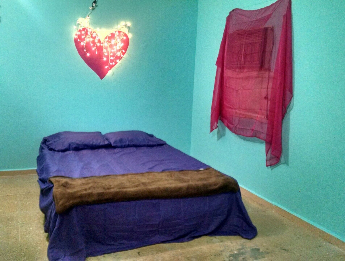 Amore Room at the Gypsy House