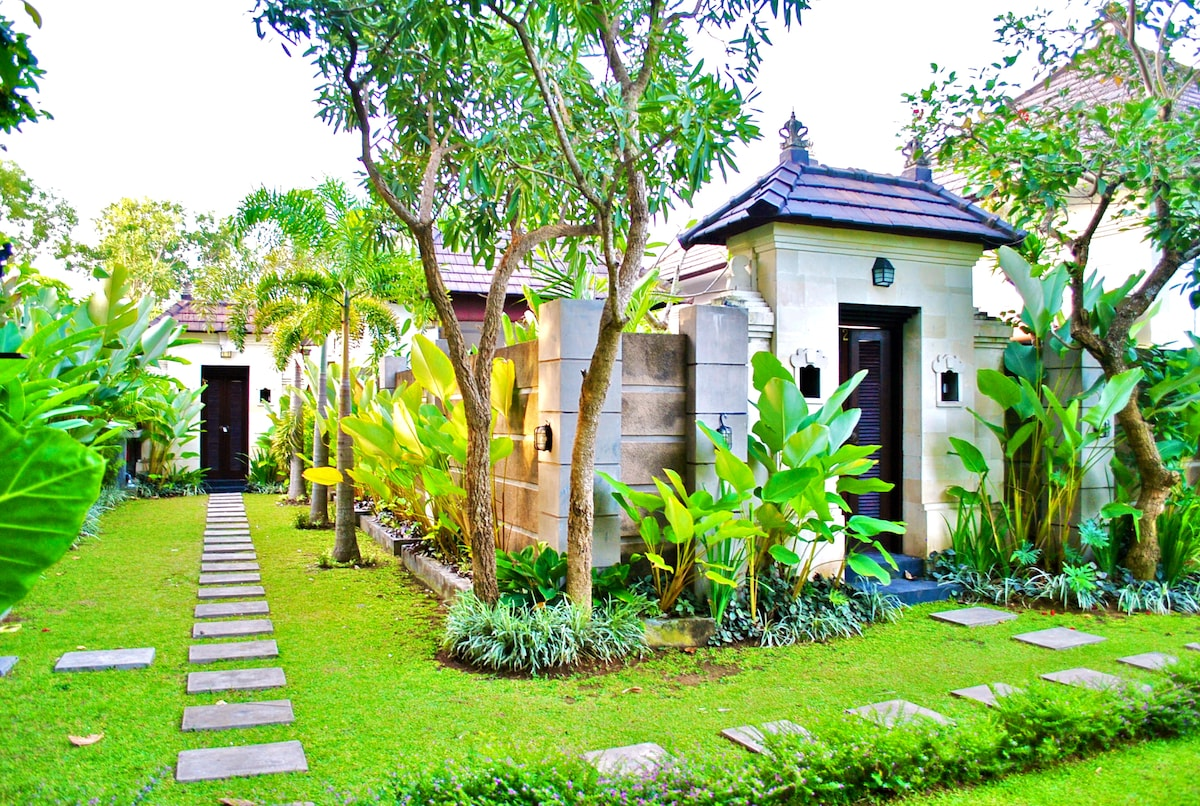 Magic of Bali (great quiet place)