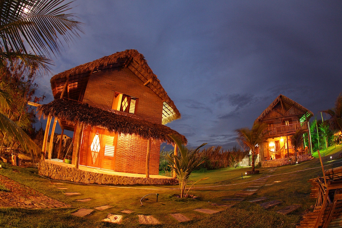 Chalet 100m from the ocean.