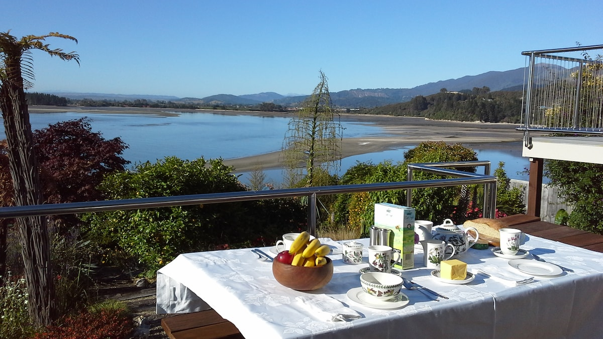 THE BEECH HOUSE - KAITERITERI - NZ