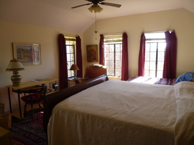 Private room and bath, 2  beds