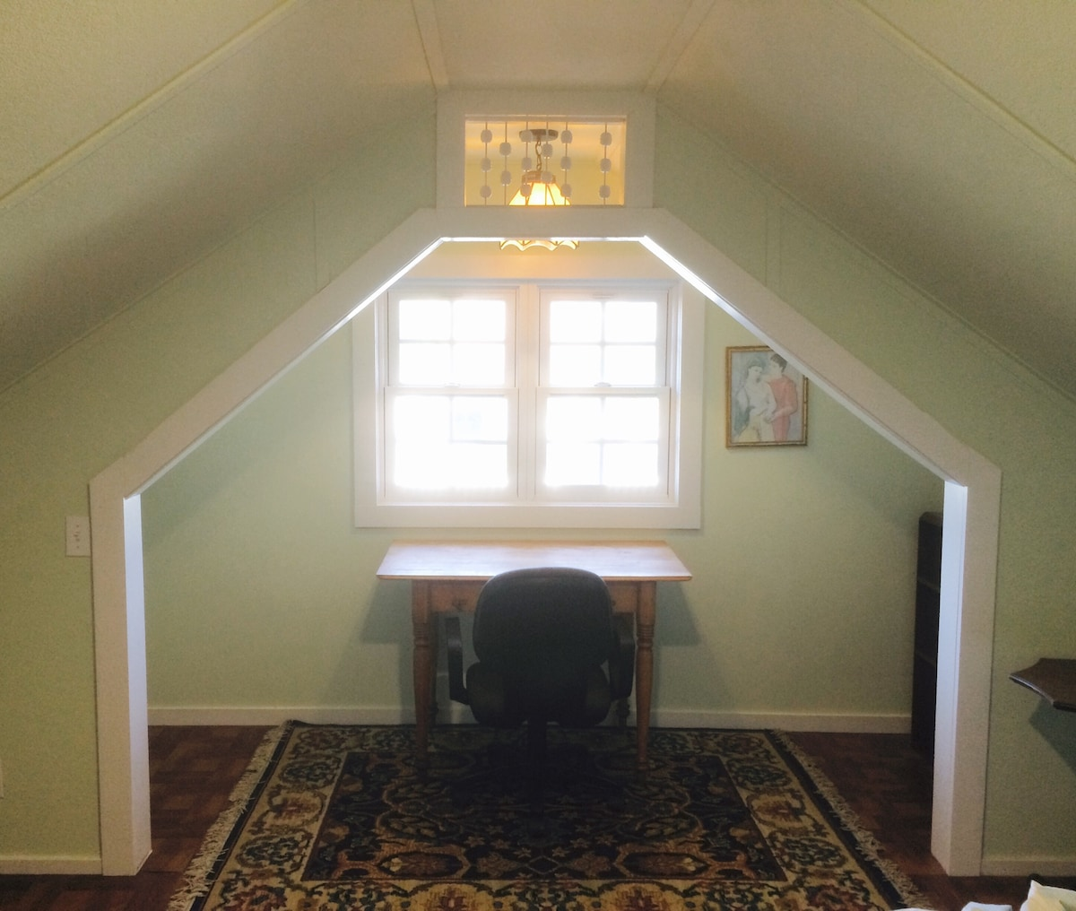 Your bedroom comes with a quiet place to study or just to gaze out the window to enjoy the view of craftsman style homes with a backdrop of the coast range mountains. 30 day minimum stay for this room.