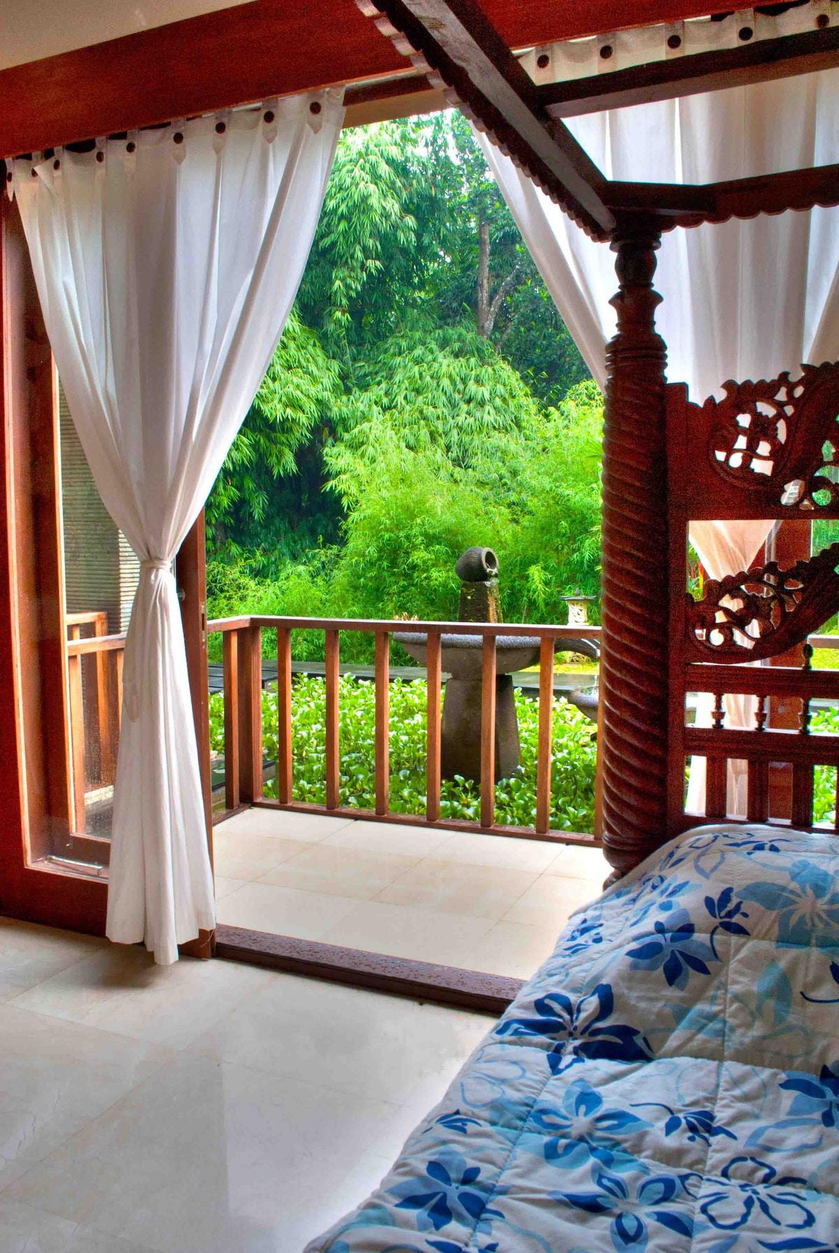 The Ubud Bali Lotus Combo Suite