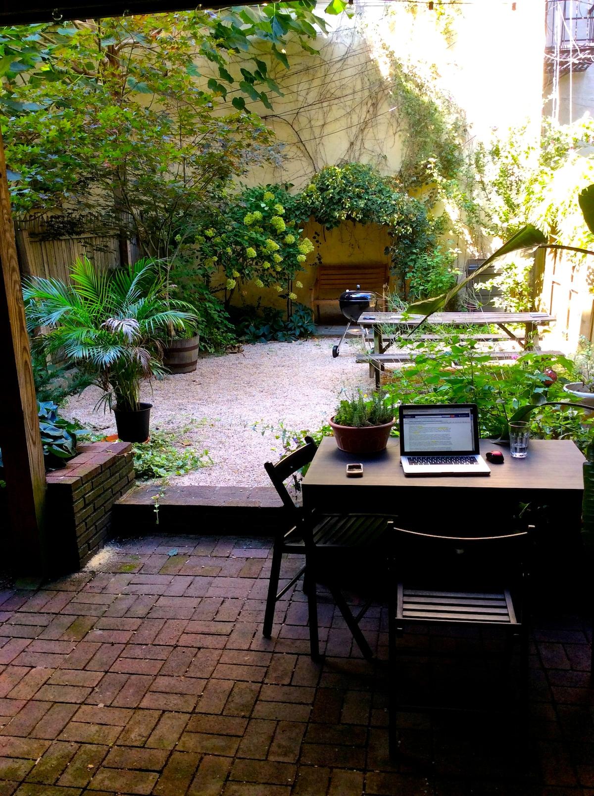 Park Slope Private Garden & Laundry