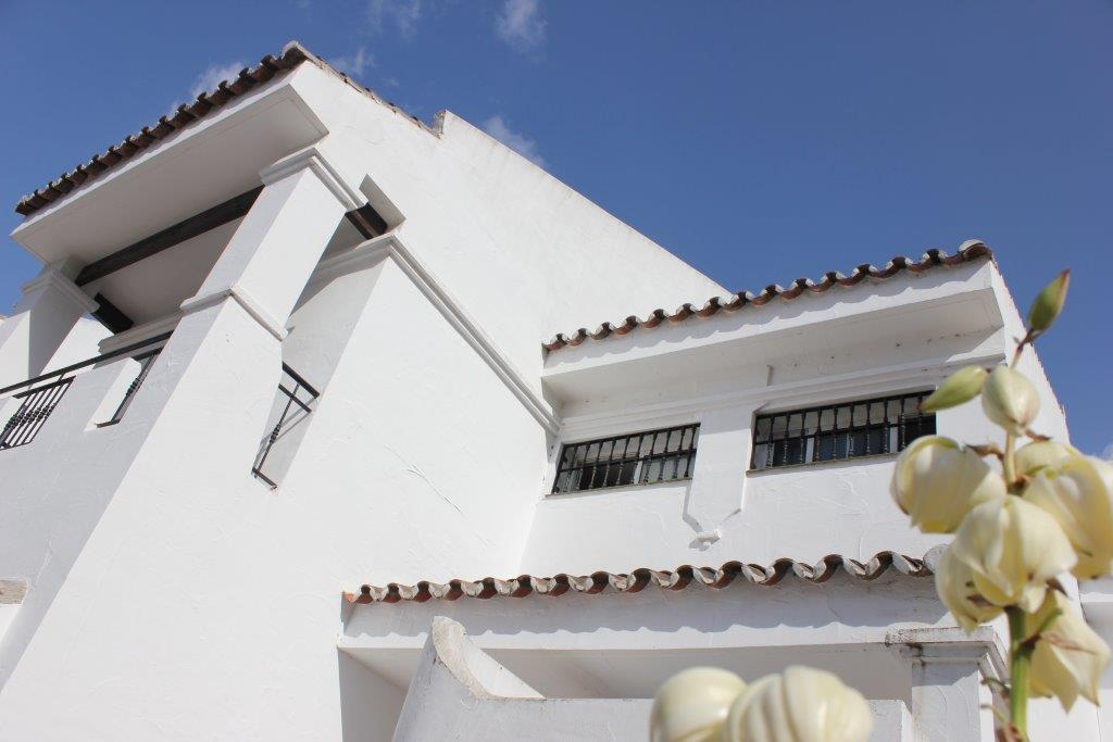 Stunning 4 Bedroom Townhouse Banus