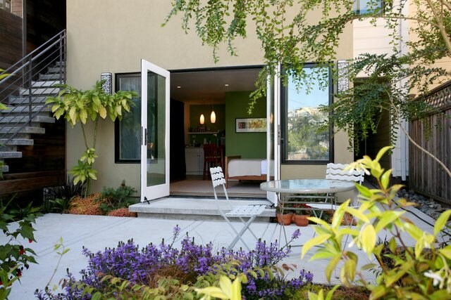 Private Garden Studio + Kitchenette