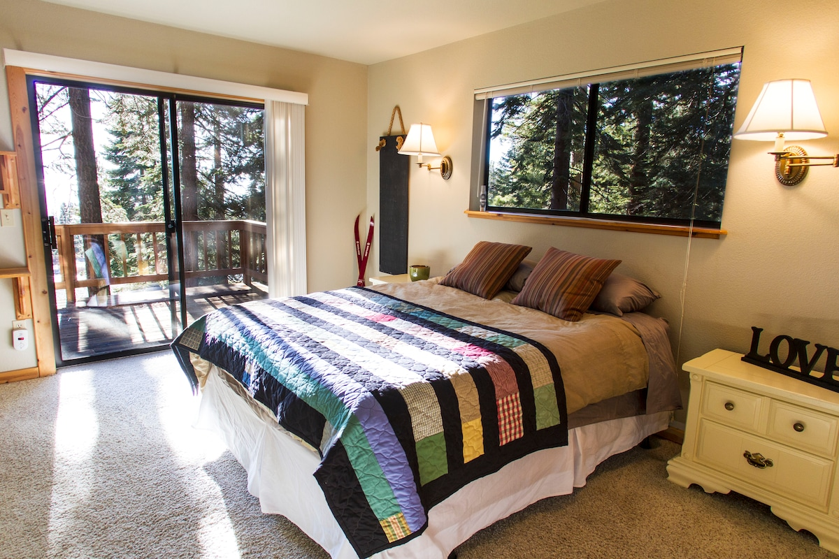 Tahoe Suite w Private Bath Lakeview