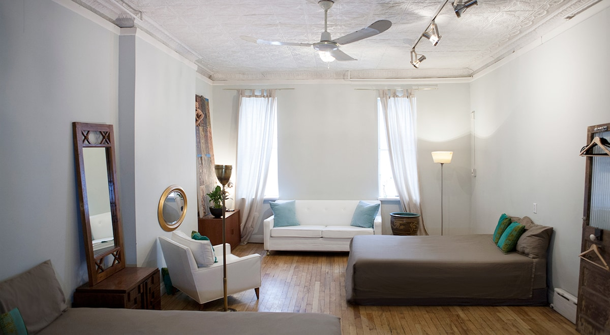 More of my new bedroom living room lay out. White sofa pulls out into a bed. This room could sleep 2 or 6 people.