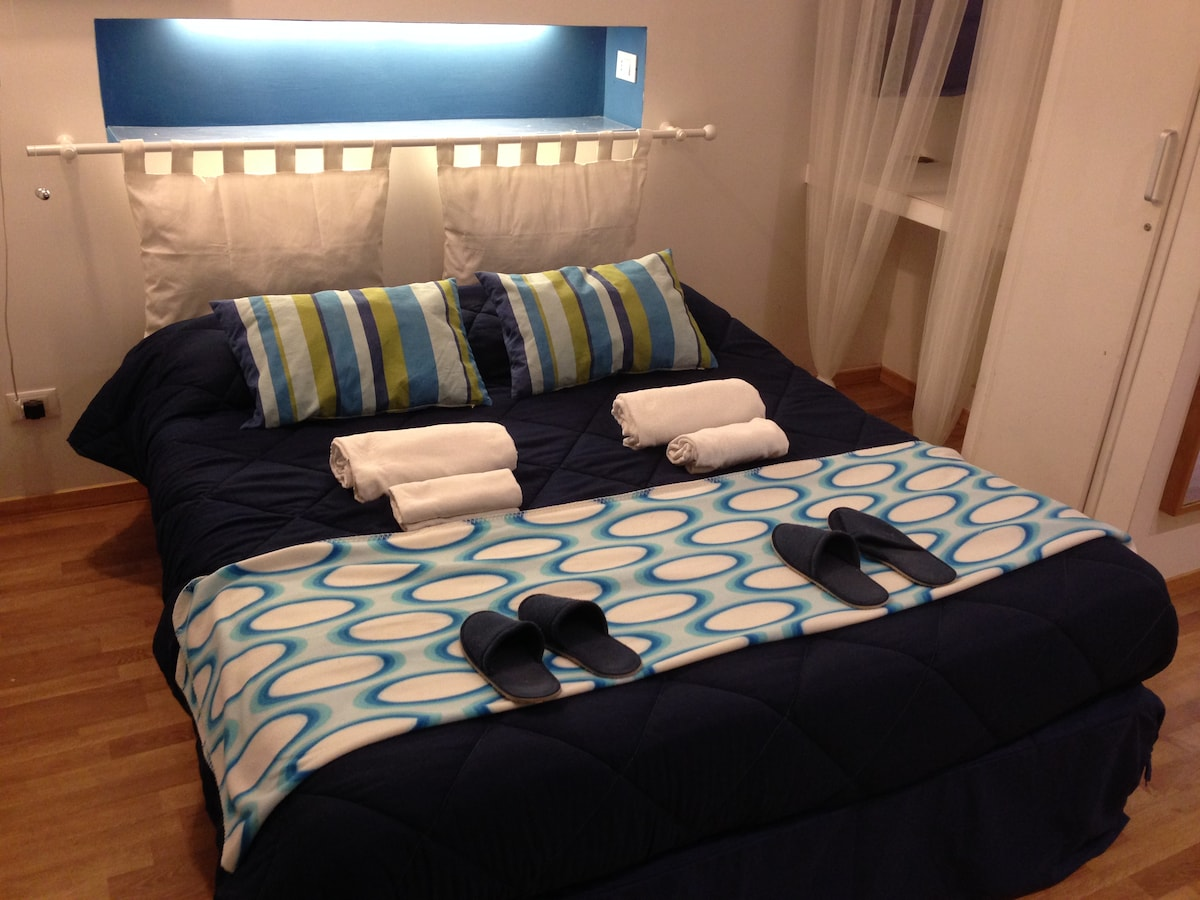 NEW DOUBLE BED WITH LATEX MATTRESS.... SLEEP COMFY:)!
