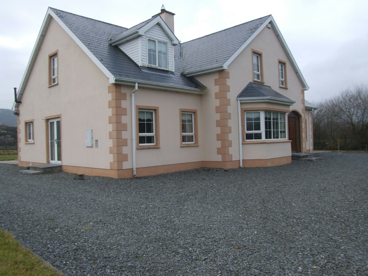 Luxury house to let