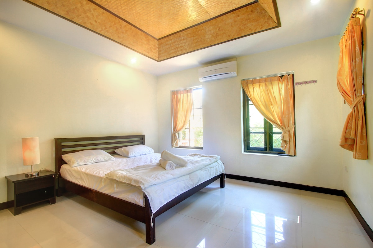 House 2 bedrooms 600m Bangtao beach