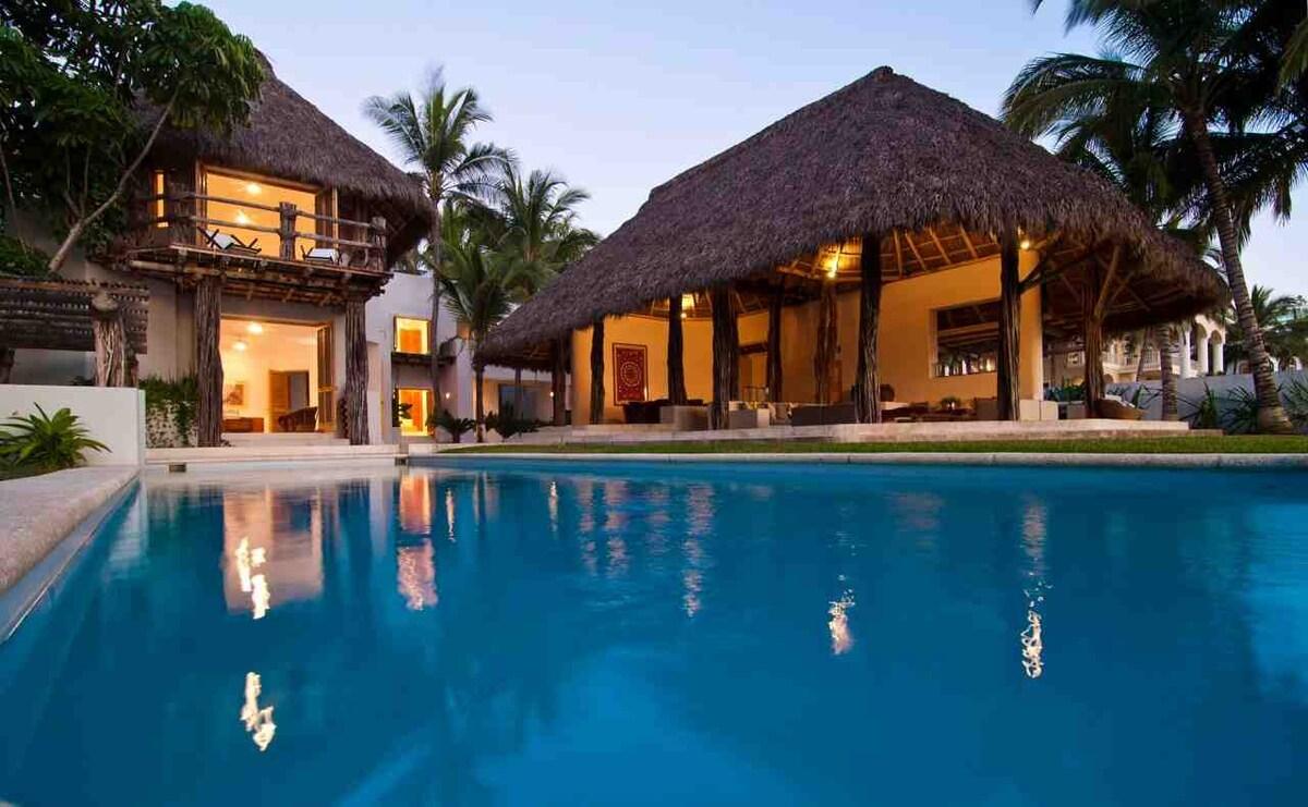 Las Palapas House