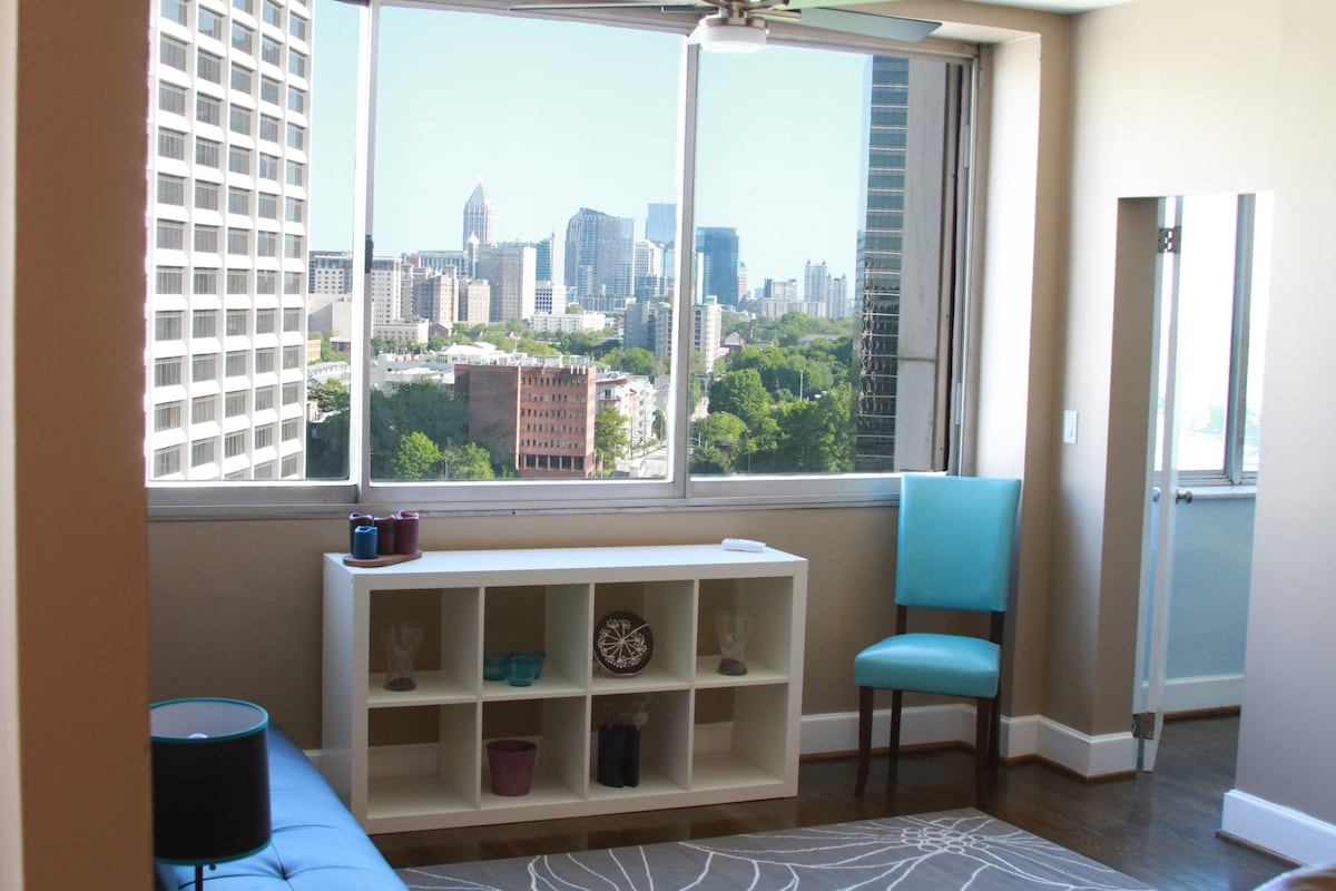 The great view from the living room! Now even better with desk to work at in place of bookshelf ;)