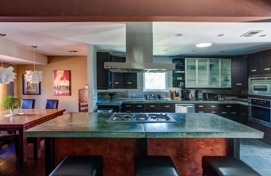 Kitchen sit down bar top.