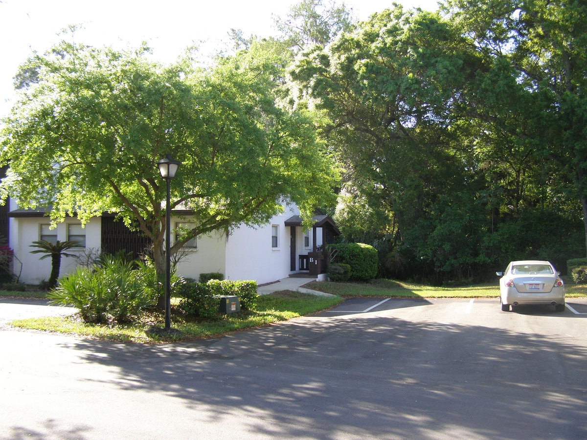 Cozy Palm Harbor Condo Villa Unit