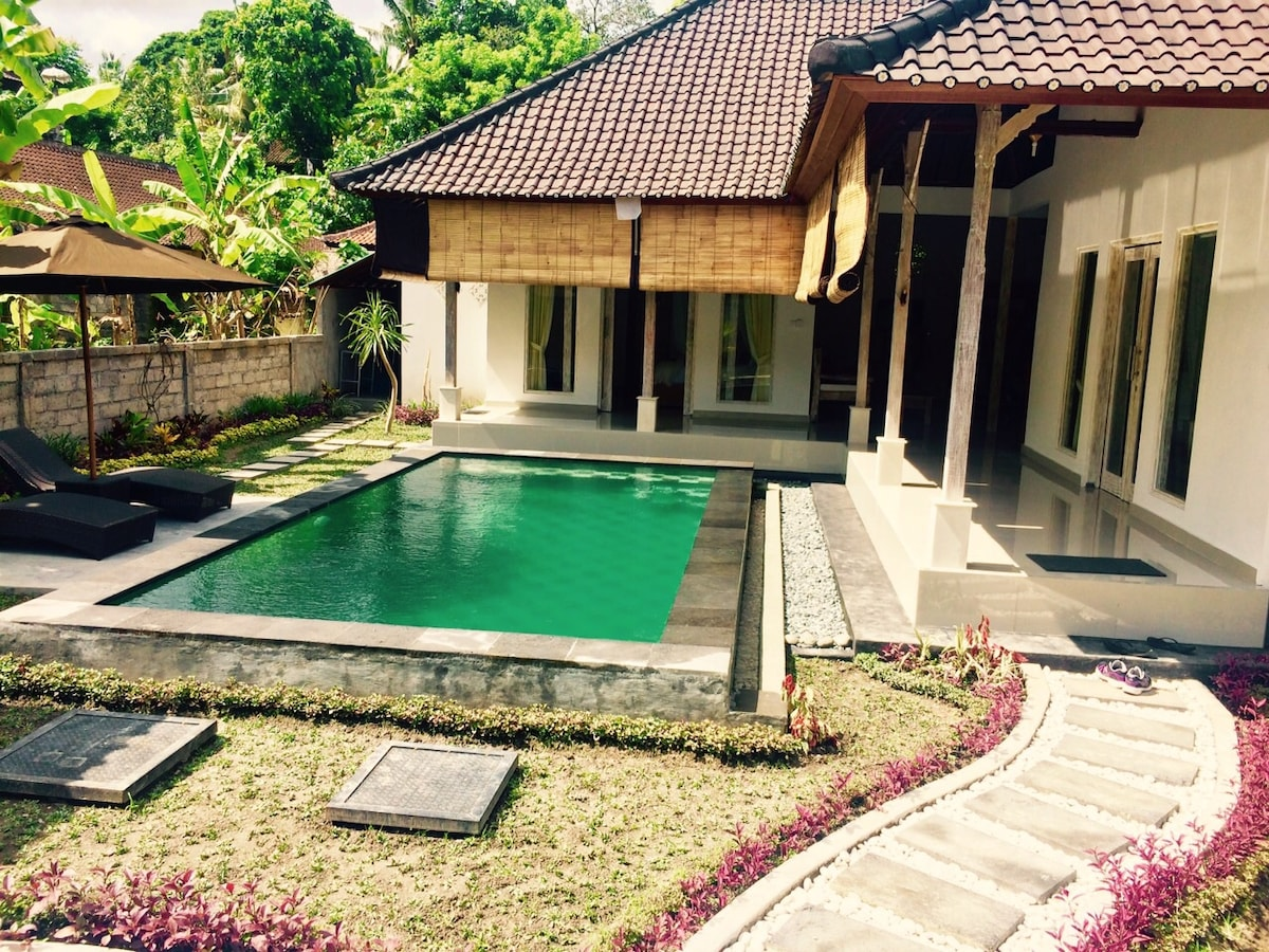 Private room in gorgeous villa