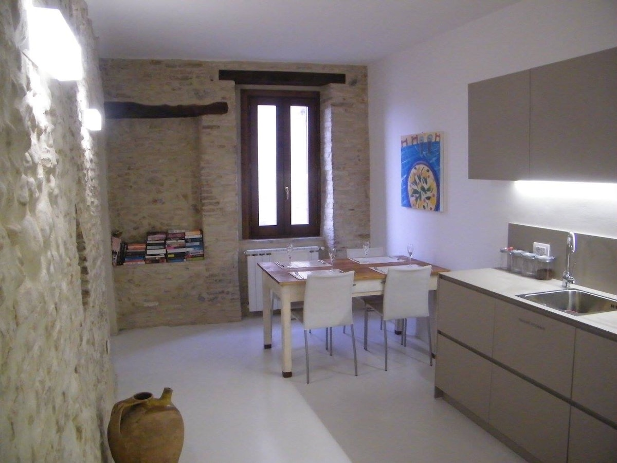 2 Bedroom Apartment inside Old Town