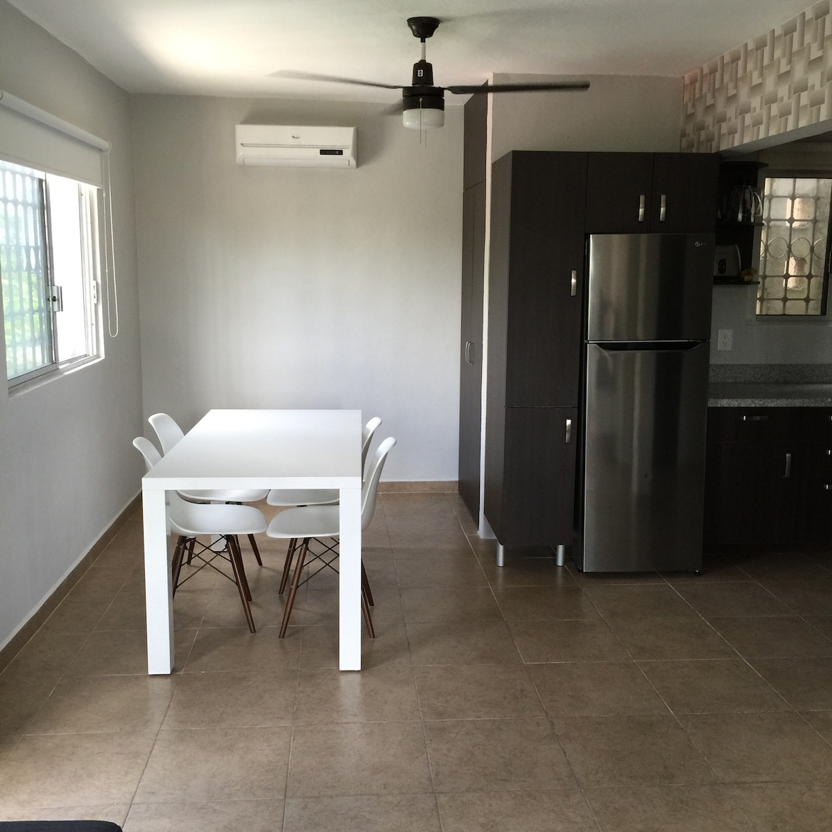 Cozy  apartment 10 min from beach