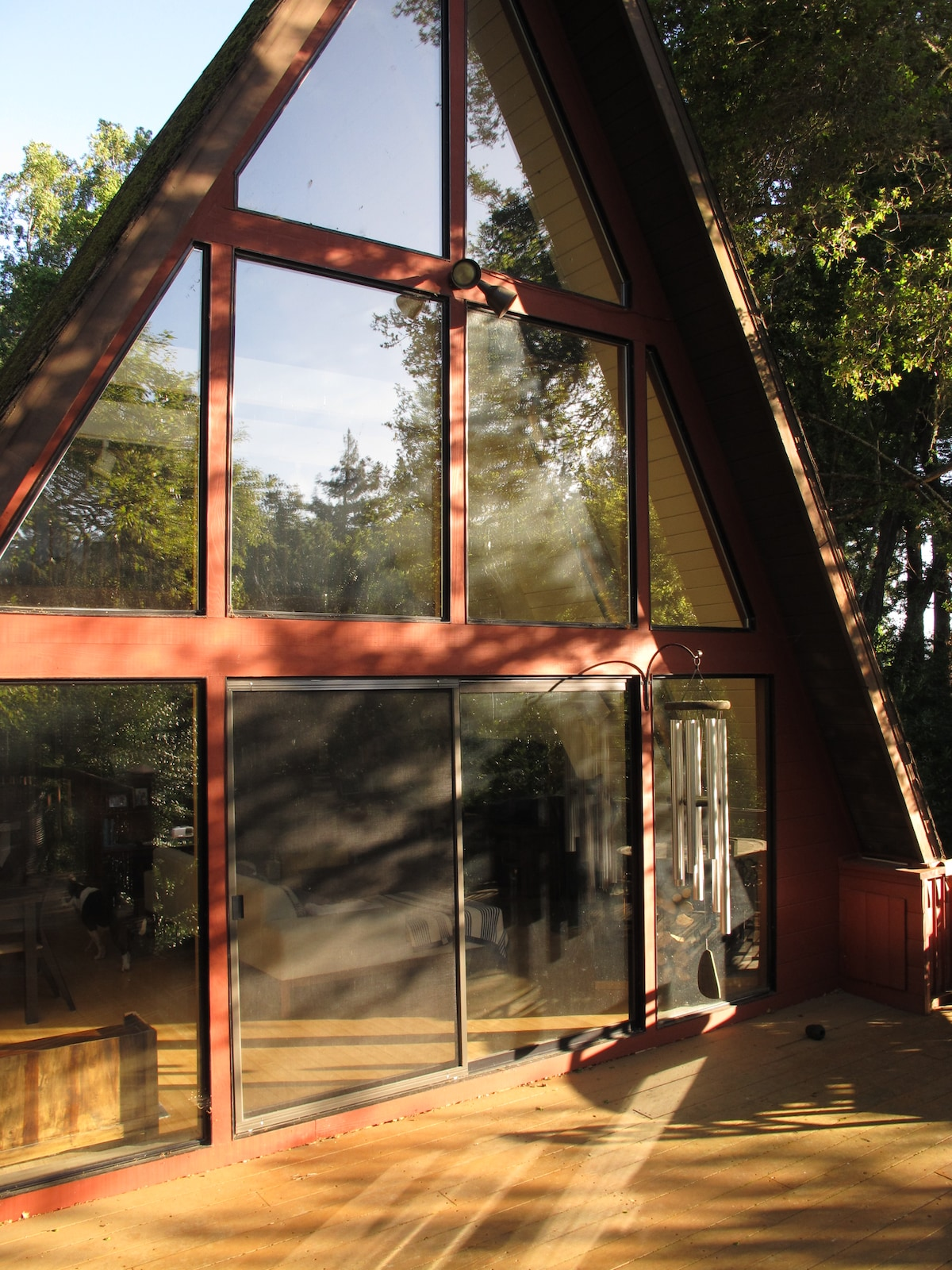 Serene Santa Cruz Mountain Retreat