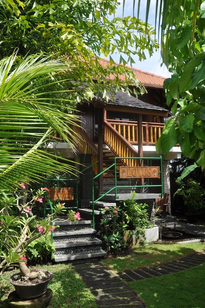Bungalow Lotus + Peaceful garden