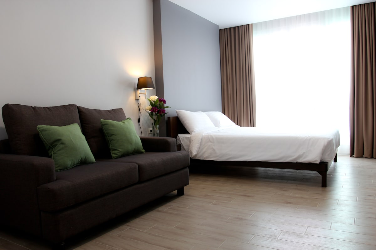 Serviced Apartment 7min walk to MRT