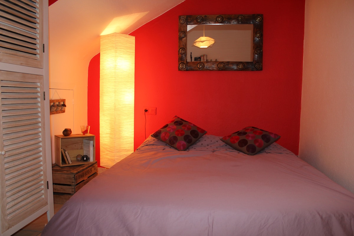 Cosy room for 2 in Luxembourg city