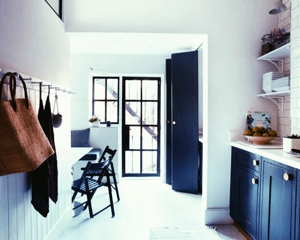 Modern victorian flat with