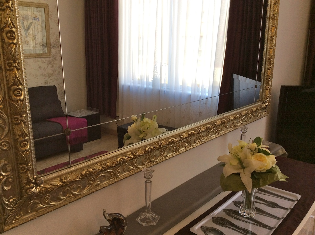 Bright and stylish Kensington flat