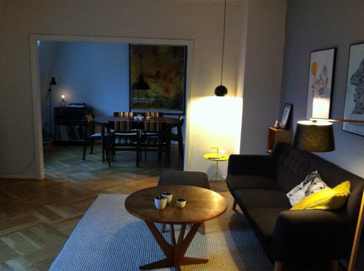 Large flat, central Frederiksberg C