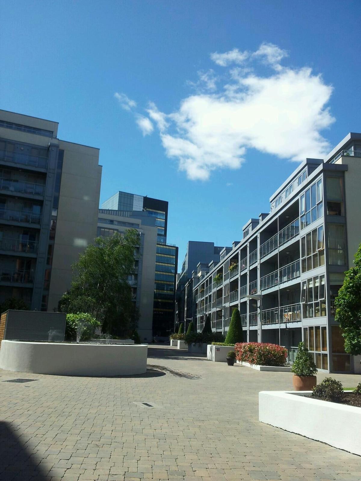 GOOGLE HQ, City centre