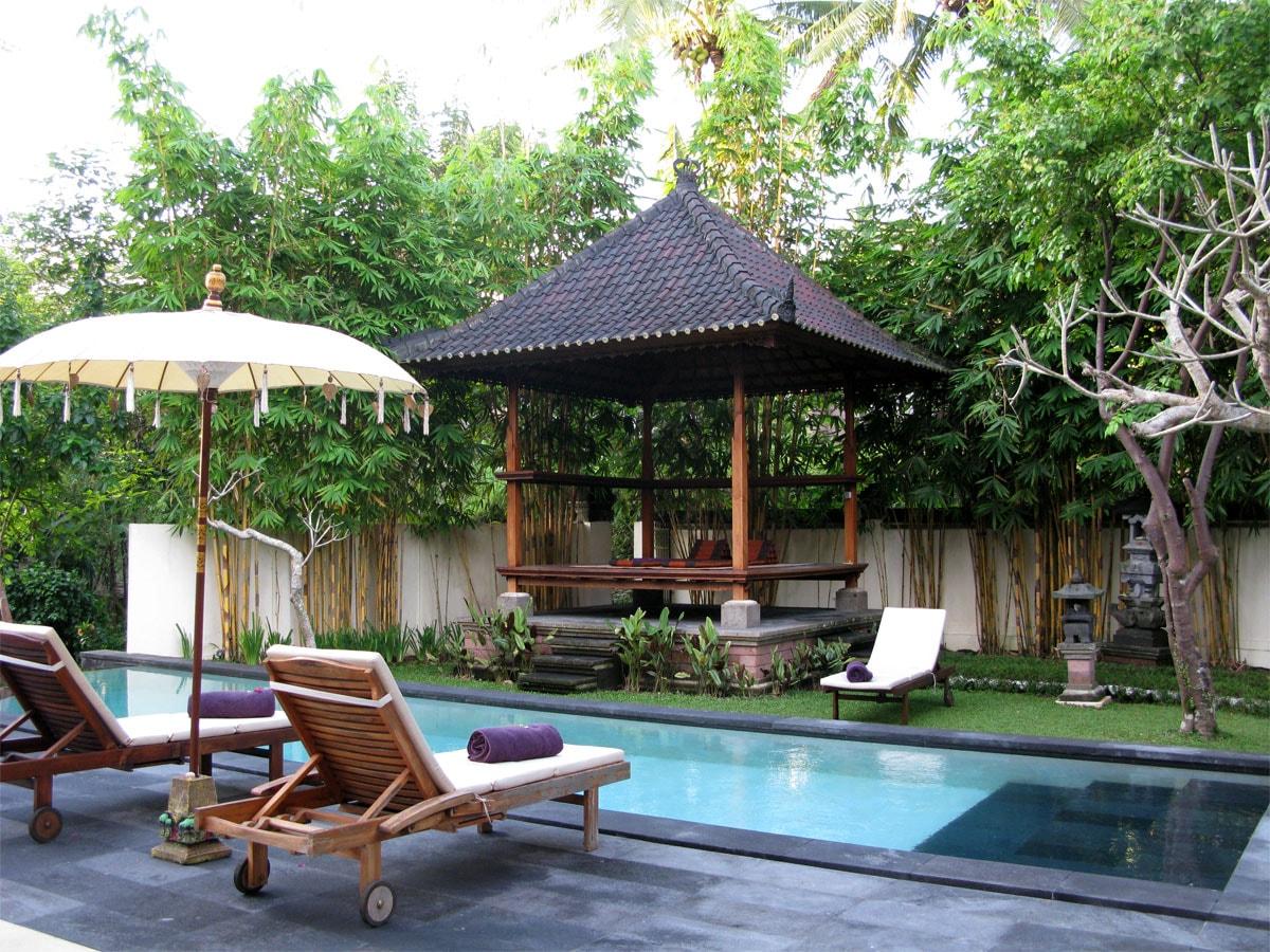 Private Villa with Pool & Gardens