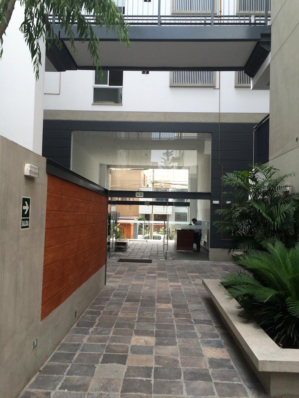 Miraflores: Nice, Clean & New Dorm