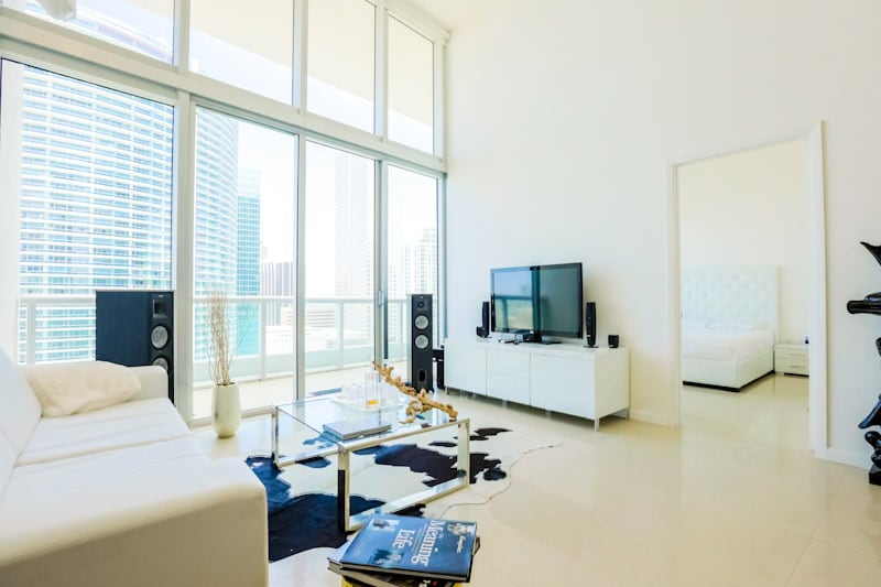 1 BR at VICEROY HOTEL-WALK TO ULTRA