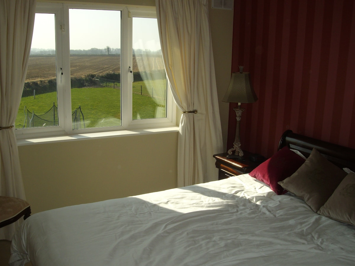 Double Room Available with en Suite