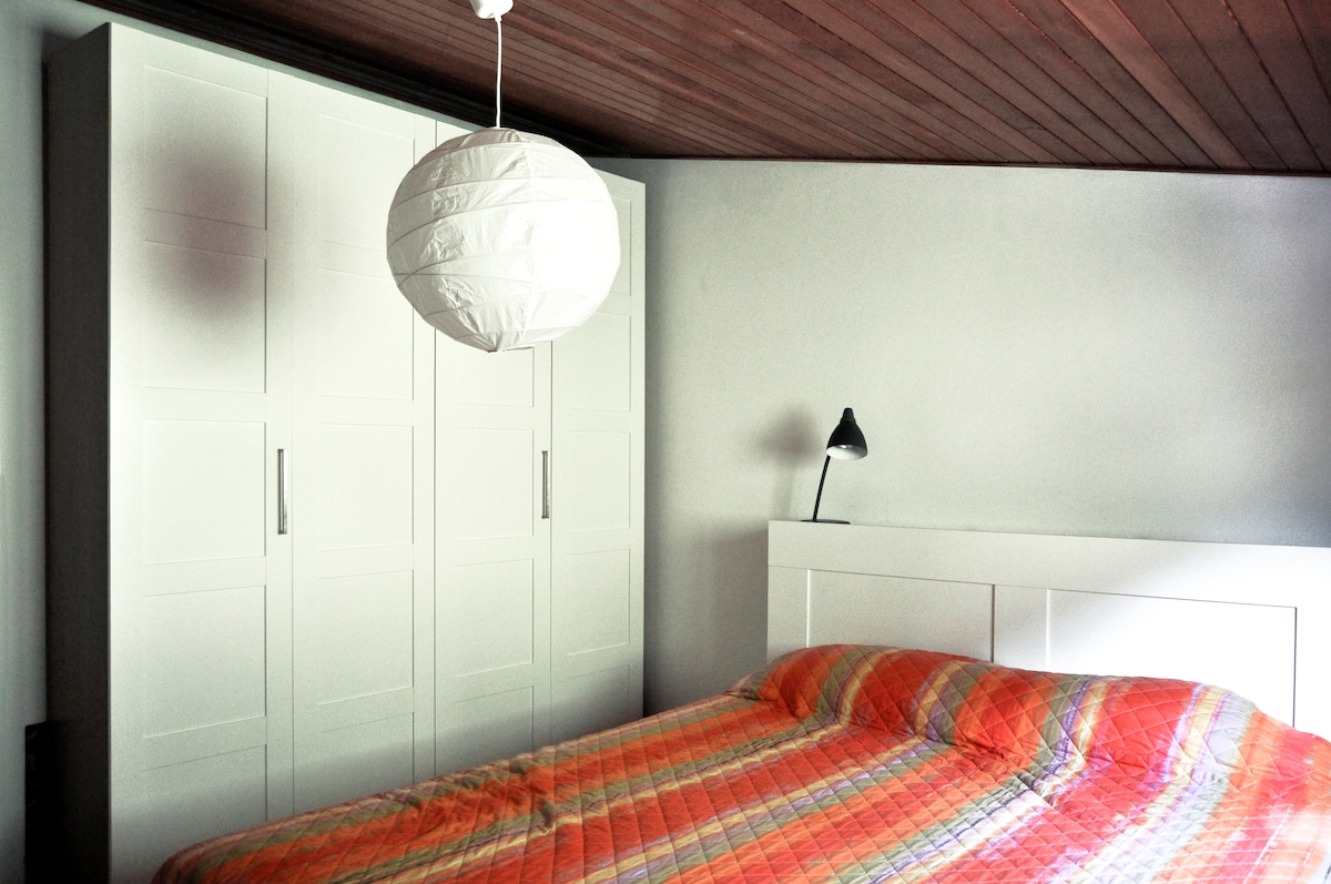 Bedroom with comfortable bed and lot of space for your clothes!