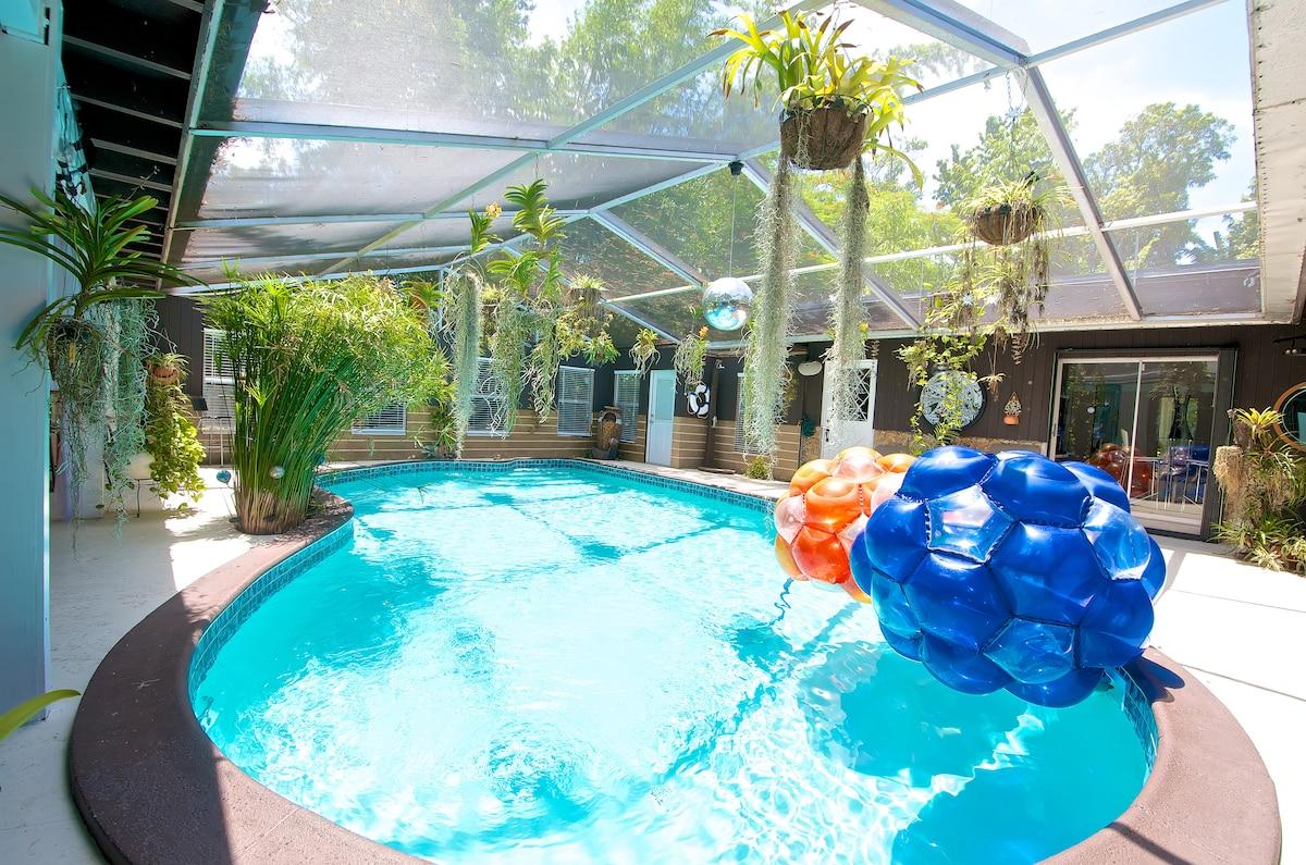 Pool (common área)