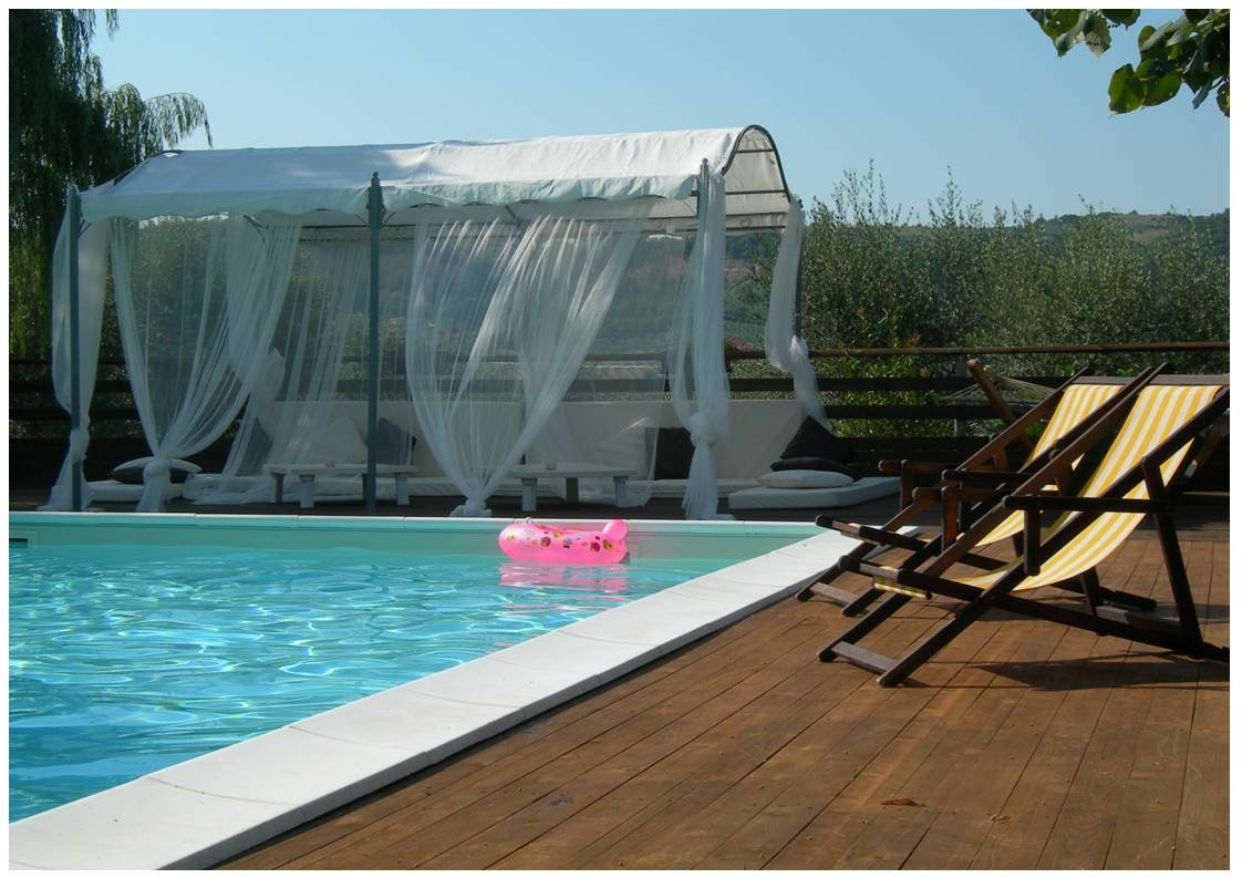 Villa with swimming-pool in Umbria