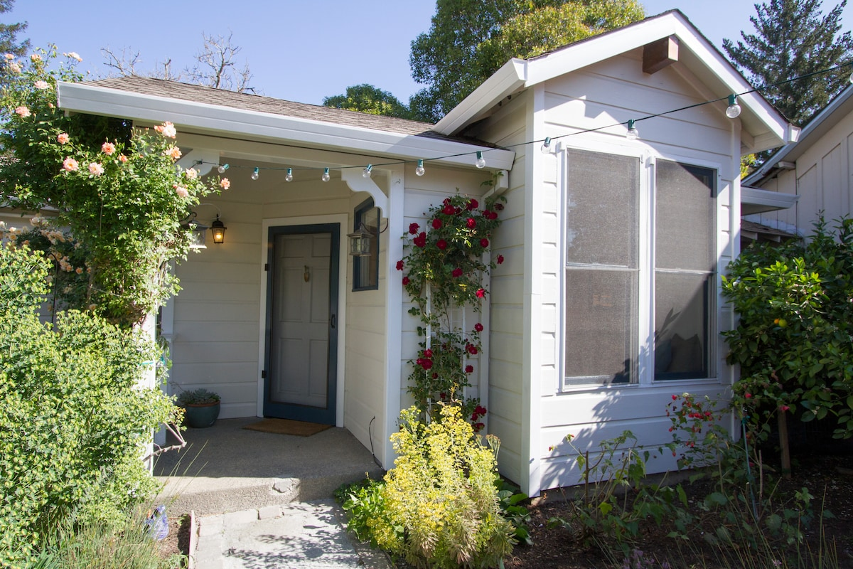 Healdsburg Cottage-Walk to Plaza