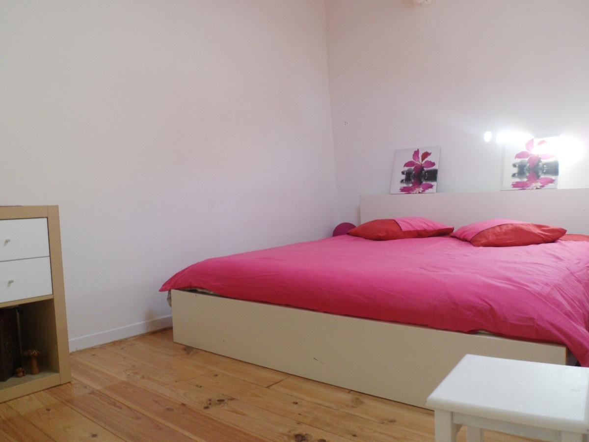 Chambre dans Duplex atypique (1-2p)