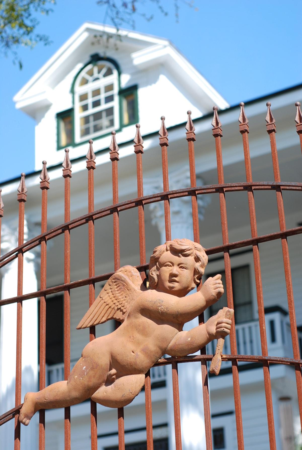 Amore Hospitality House