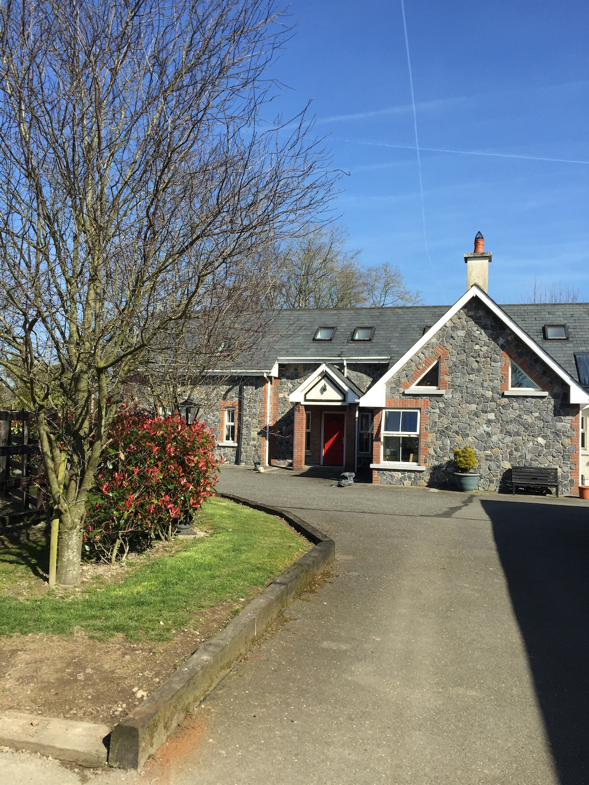 House & Stables-Punchestown