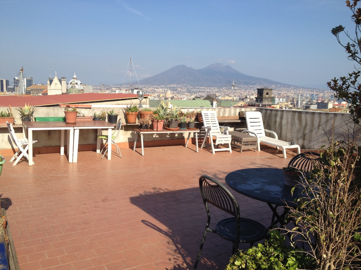 Naples SuperPanoramic, Private room