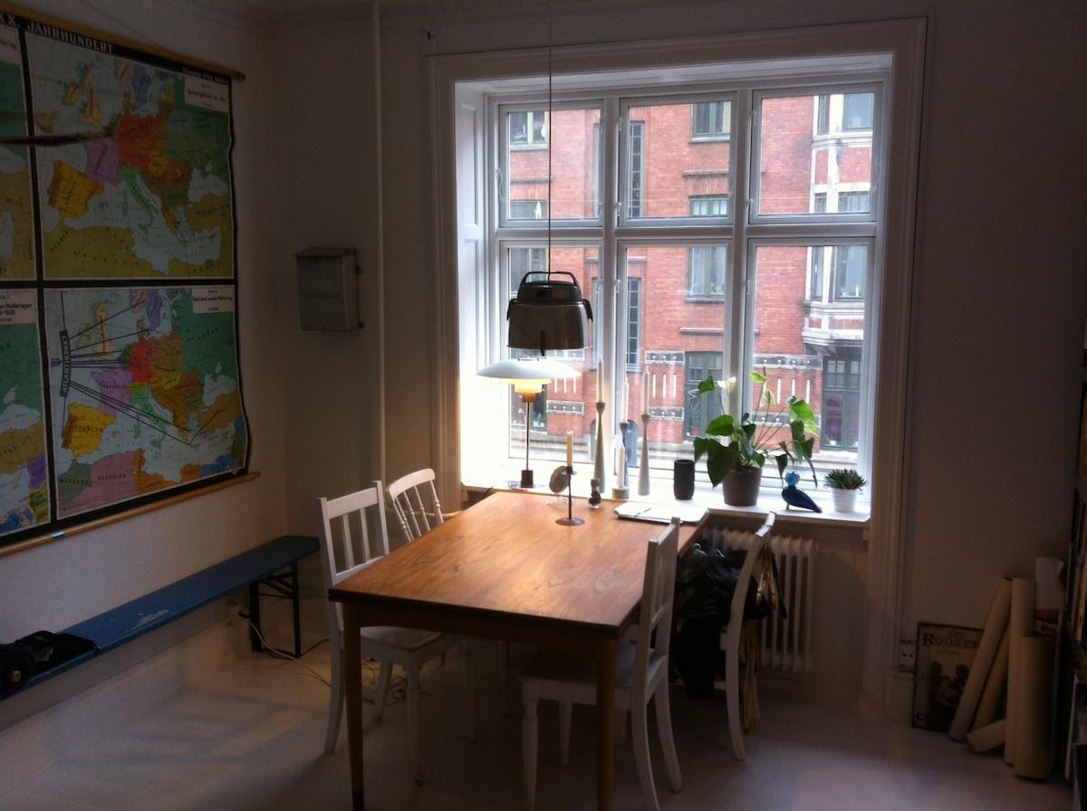 Warm and bright apartment Nørrebro