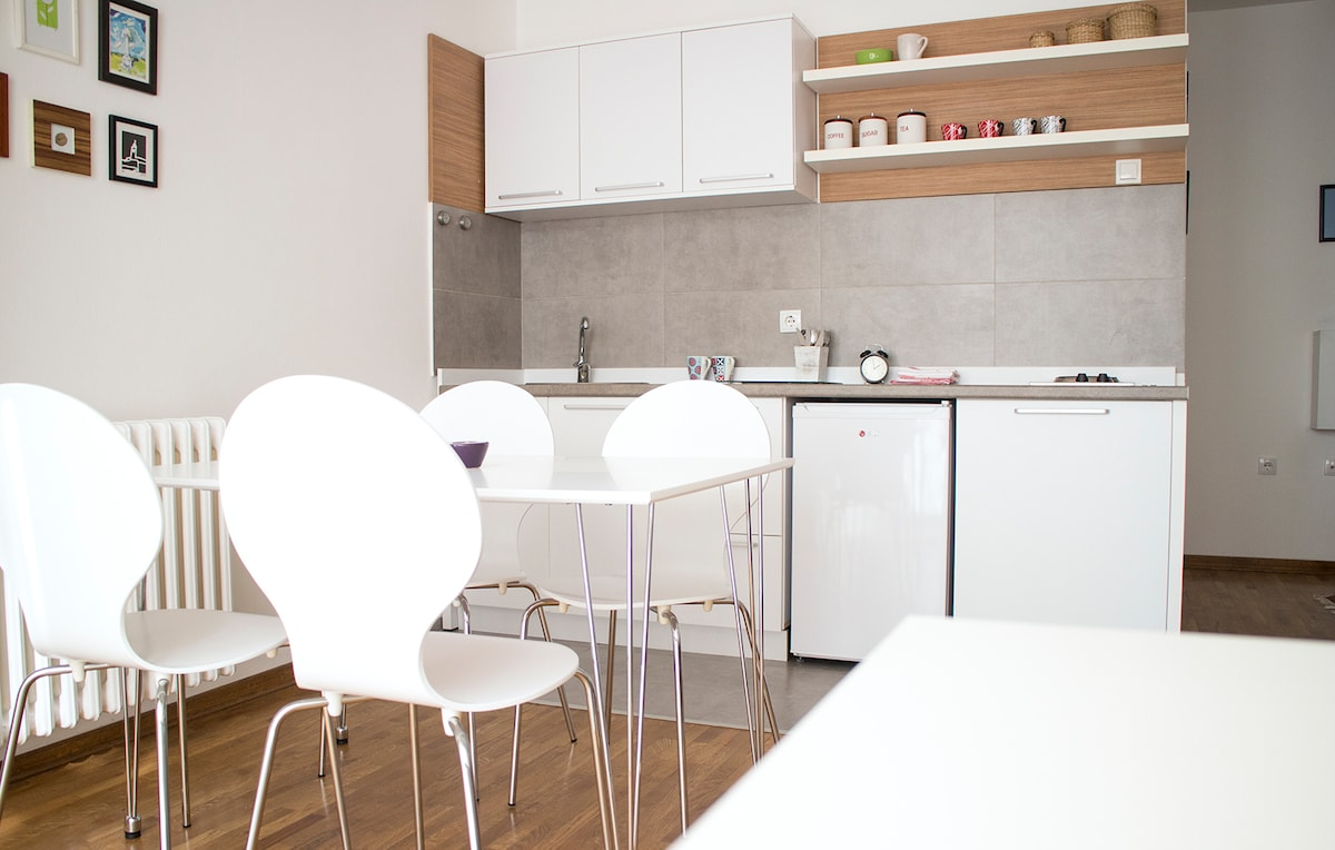 Ana's modern apartment ,city center