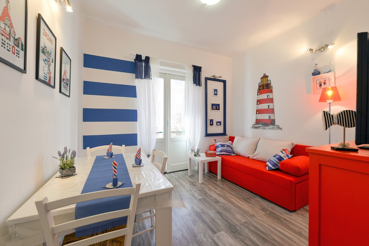 Romantic apartment  Marinero-center