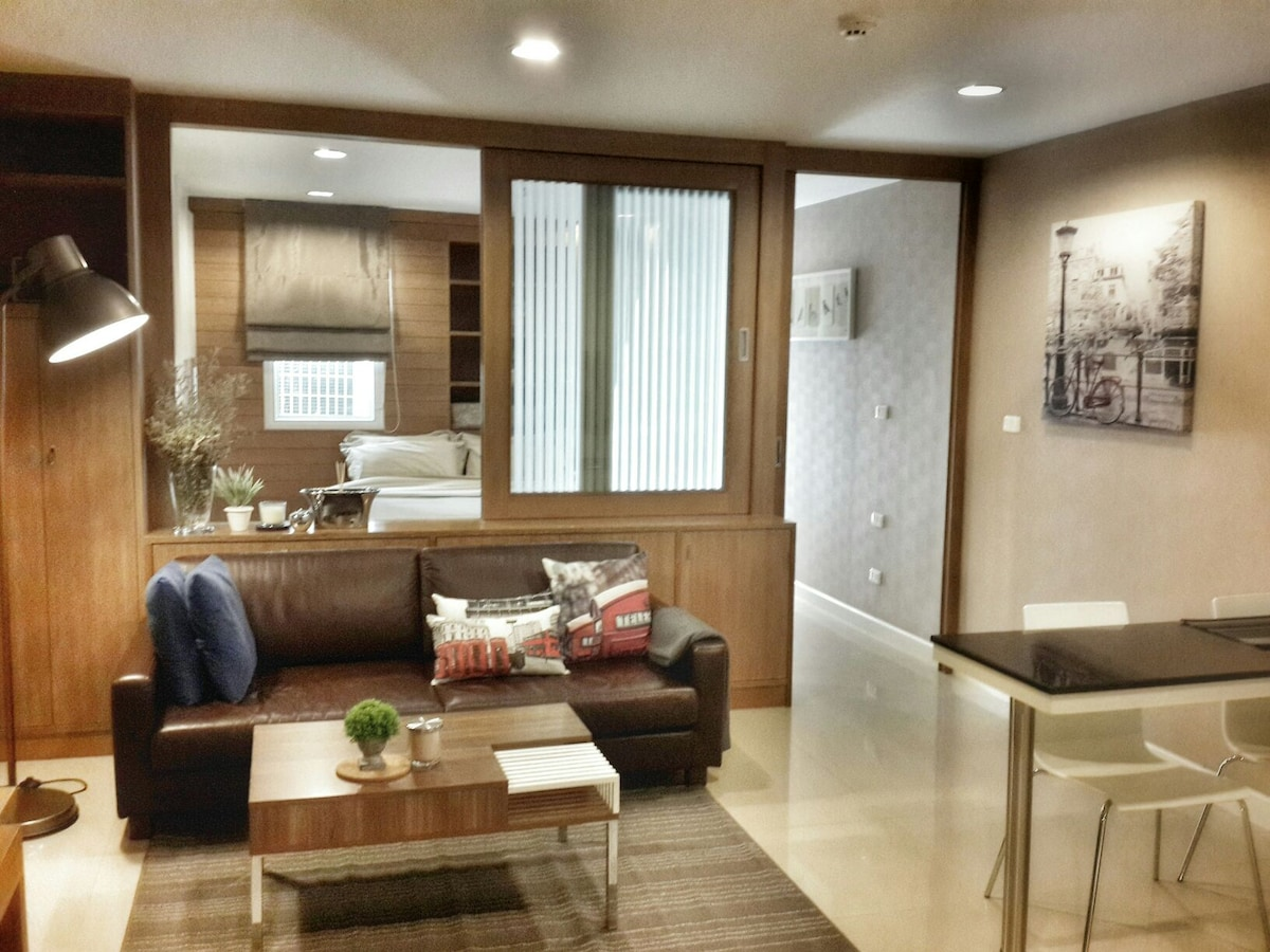 Cosy condo, 5 min to BTS Phrompong
