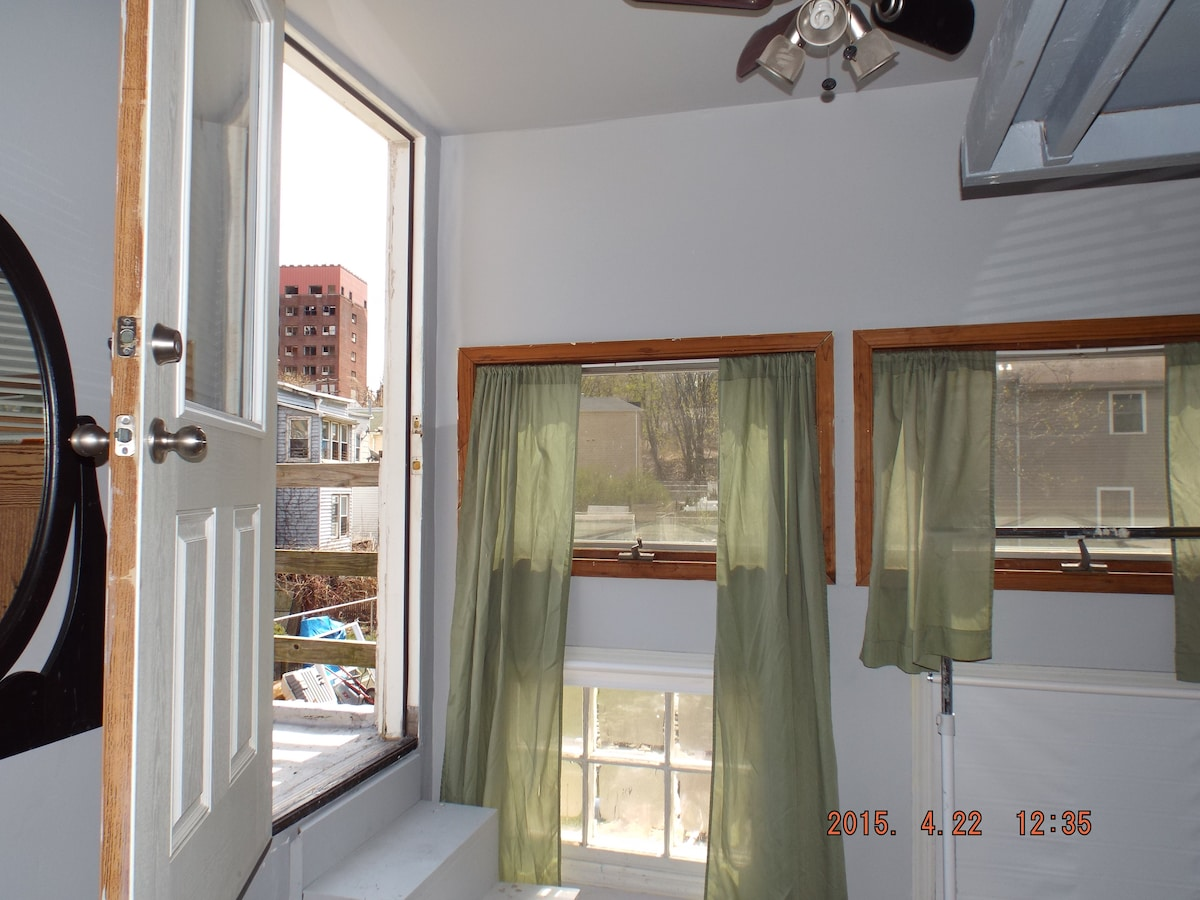 Sunny room with private deck