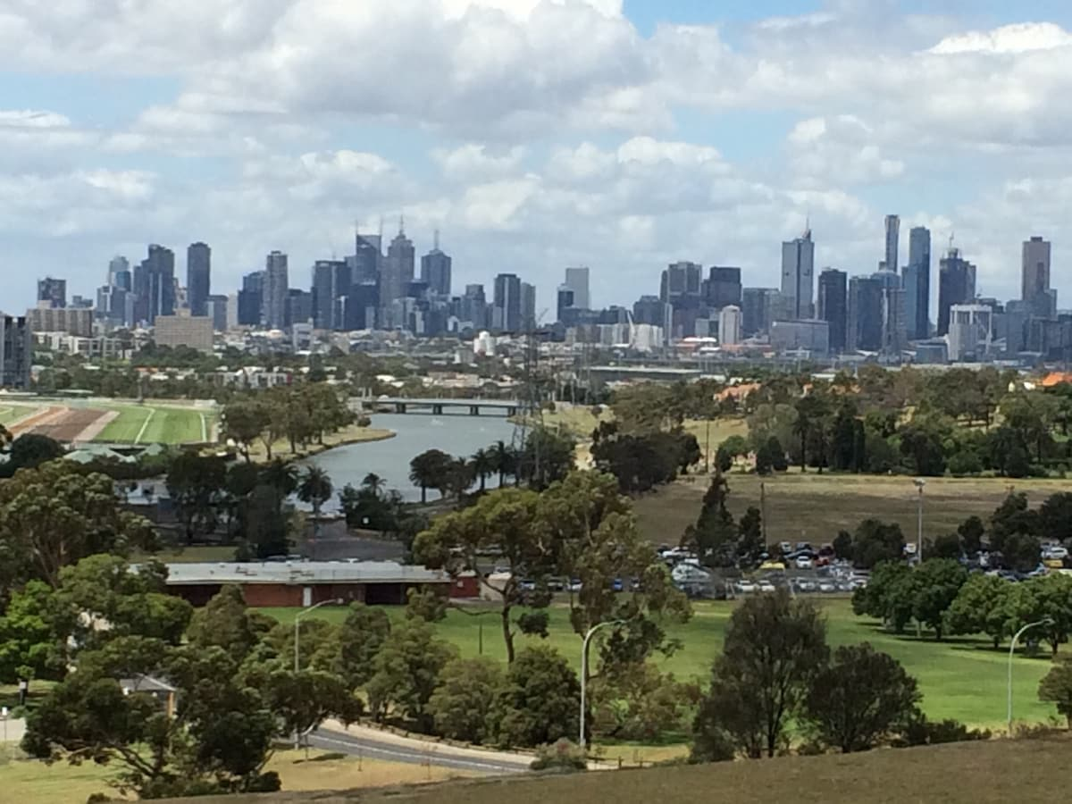 Skyline Dr,Melbourne Accommodation