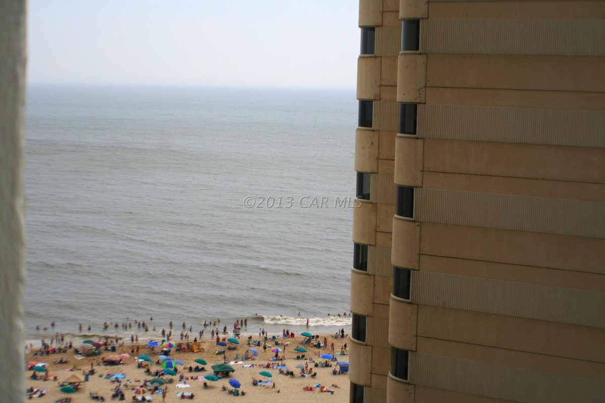 Beachside Condo, spectacular views